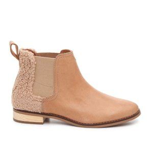 Toms Ella Sherpa Chelsea Leather Ankle Bootie 9